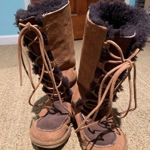 UGG Australia Whitley Lace Up Suede Brown Boots 6